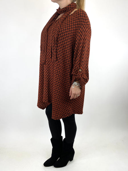Lagenlook Zig -Zag  Scarf Top in Rust. code 6188