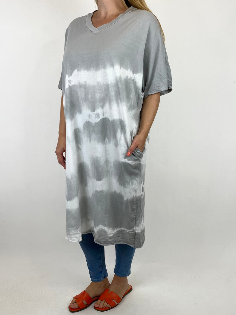 Lagenlook Cara Cotton Mix Tye-Dye V-Neck Top in Light Grey. code 6888 - Lagenlook Clothing UK