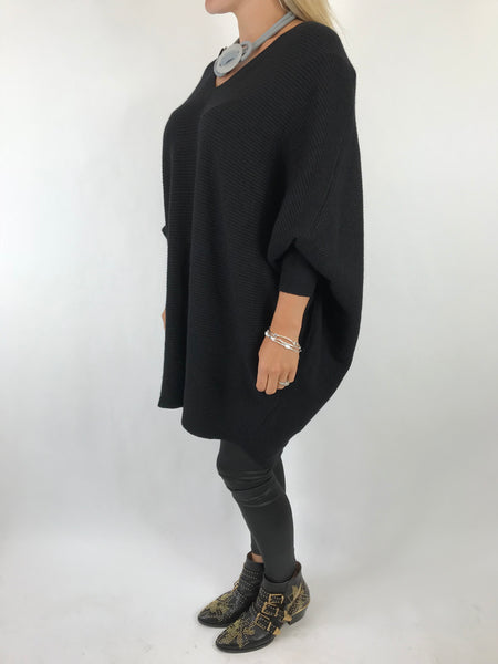 Lagenlook Bamford V-Neck Jumper in Black . code 5418