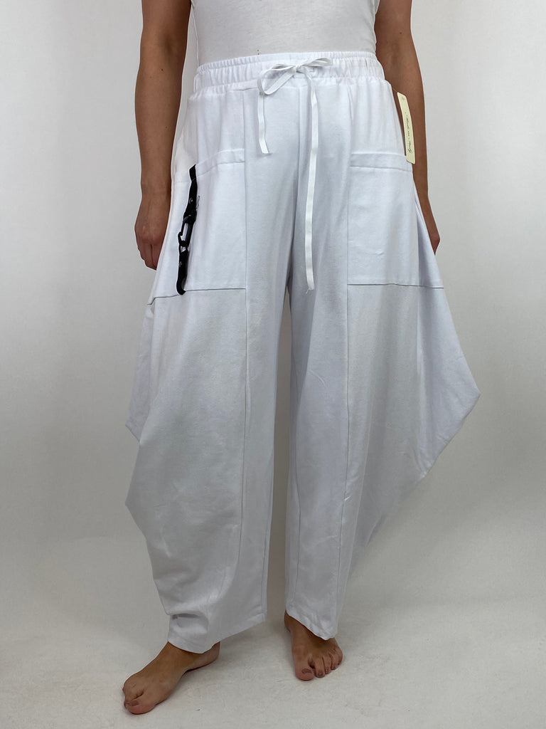 Lagenlook Wide Angle leg Sweat pants Trousers in White. code 4040