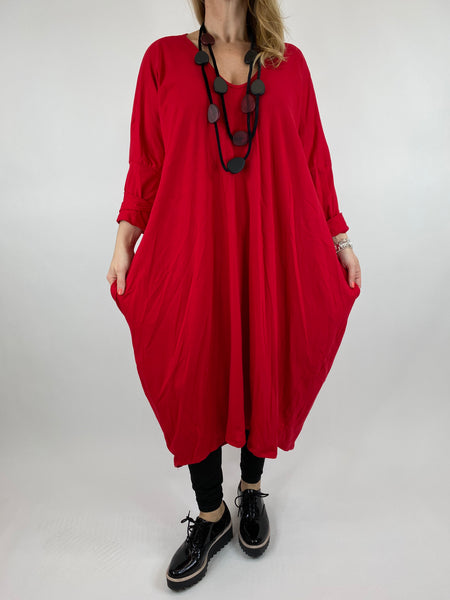Lagenlook Tulip V-neck Top in Red. code 99099