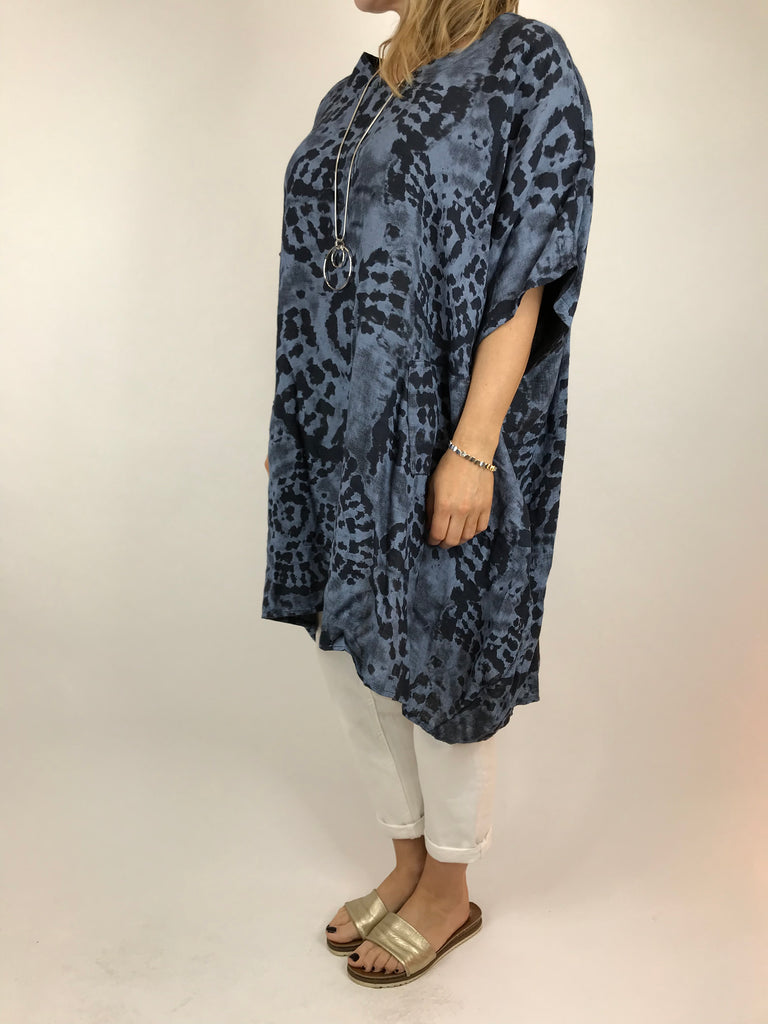 Lagenlook Linen Tye-Dye V-Neck Top in Denim. code 5722