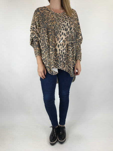 Lagenlook Animal V-Neck Top in Tan. code 5947