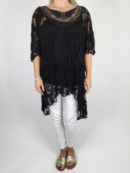 Lagenlook Short Sleeve Net Tunic in black . code ws743