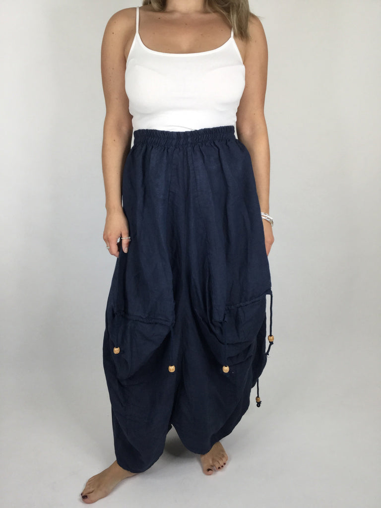 Lagenlook Quirky Linen Skirt in Navy. code 5689