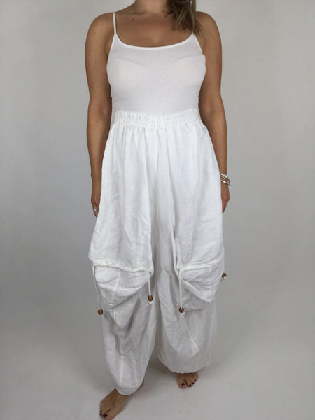 Lagenlook Quirky Linen Skirt in White . code 5689