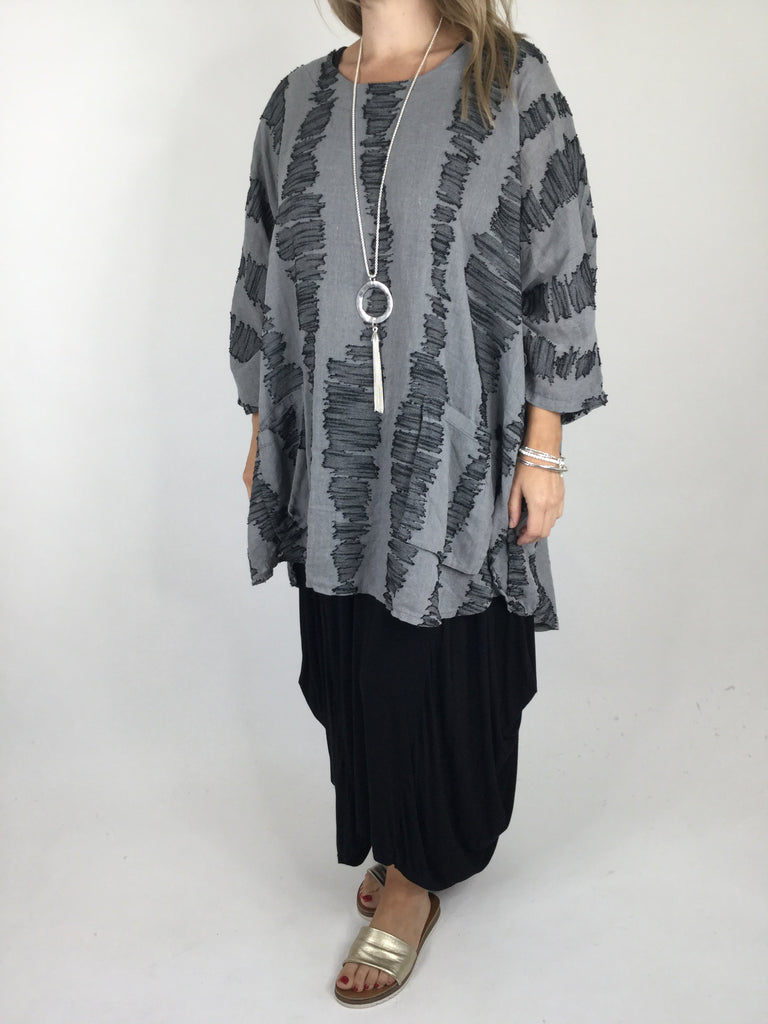 Lagenlook Ladder Print Oversized Poncho in Charcoal. Code 90166