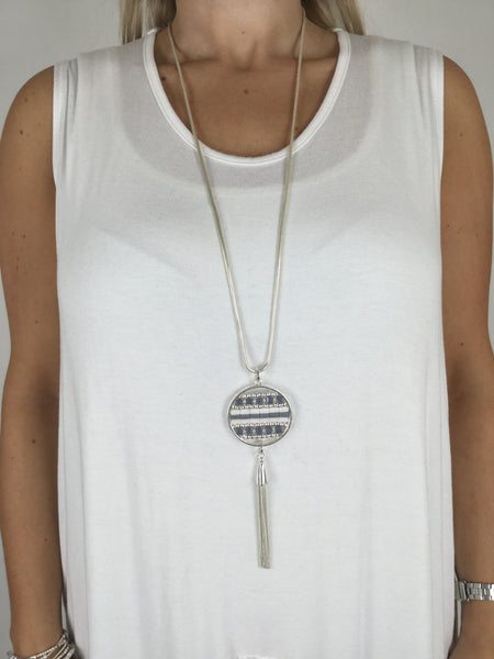 Lagenlook Bead Disc on Silver Snake Chain. Code R008