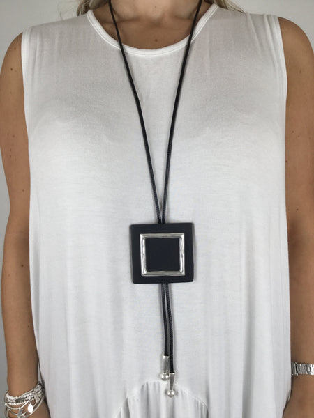 Lagenlook Wax Cord Square Necklace. Code R010