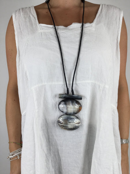 Lagenlook Tribal Double Oval Necklace in White. Code A0293g