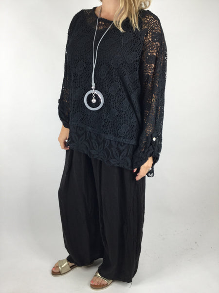 Lagenlook 2 Piece Lace& Net top in Black. Code 4679