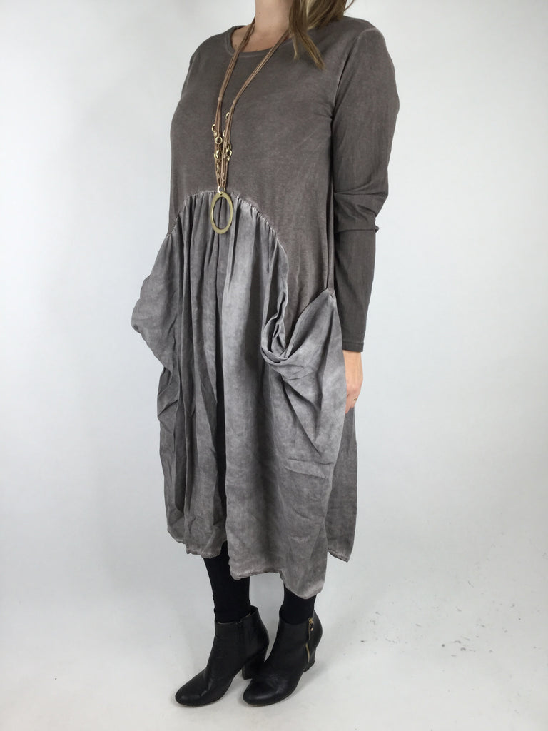 Lagenlook Niri Quirky Boho Pocket tunic in Brown. code 0554