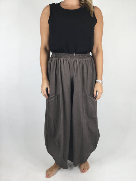 Lagenlook Quirky Cotton Trousers in Mocha . code 4758