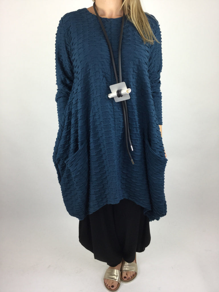 MB GERMANY Textured Tulip Tunic Top in Teal. code MB413