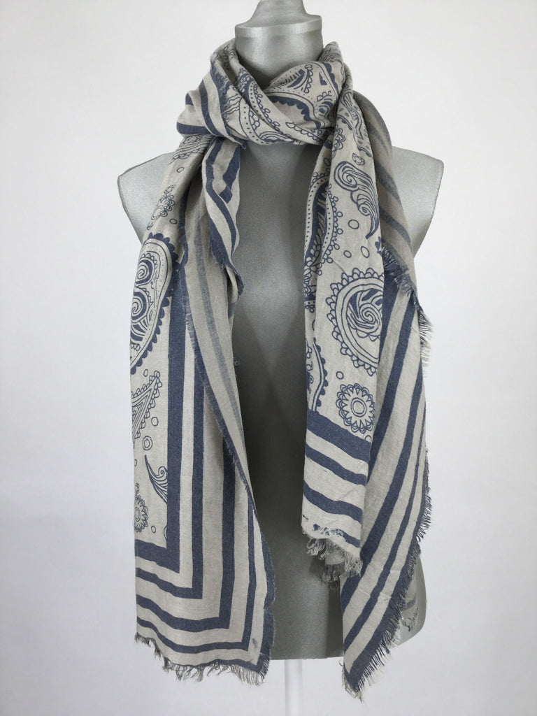 Lagenlook Alice Paisley Printed Scarf.