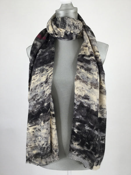 Lagenlook Bora Scarf in Black.