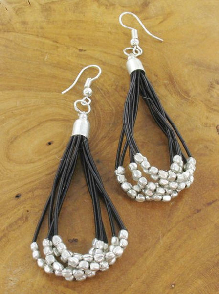 Lagenlook Silver Nuggets Drop Earrings in Black. code KH6704
