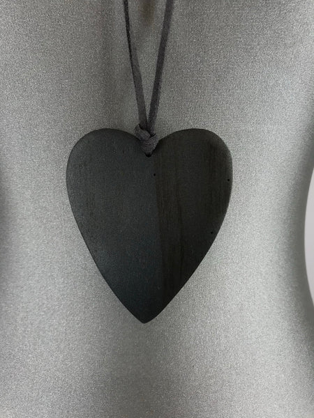 Lagenlook Suede Necklace with Grey Wooden Heart. code FB1801Gy