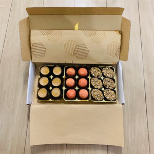 12 Monthly Taster Box