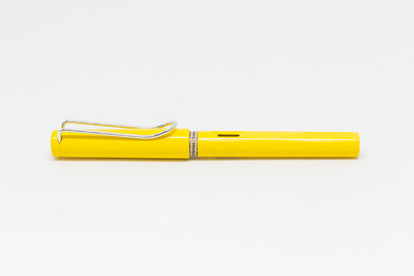 LAMY Safari Fountain Pen in Yellow