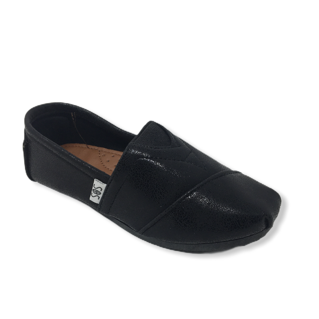 Girls' Black Shiny Casual Shoe - Crabapple