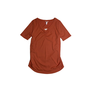 Women's Maternity Rust Ribbed Elbow V-Neck - Crabapple