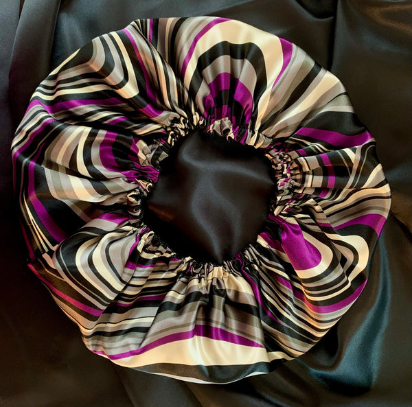 Purple swirls reversible bonnet