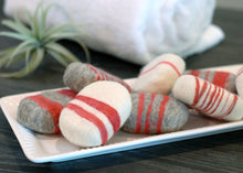 Load image into Gallery viewer, Cinnamon Oat Striped Felted Soap
