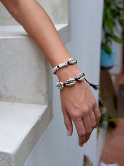 WHAT THE SHELL? BRACELET (BLACK)