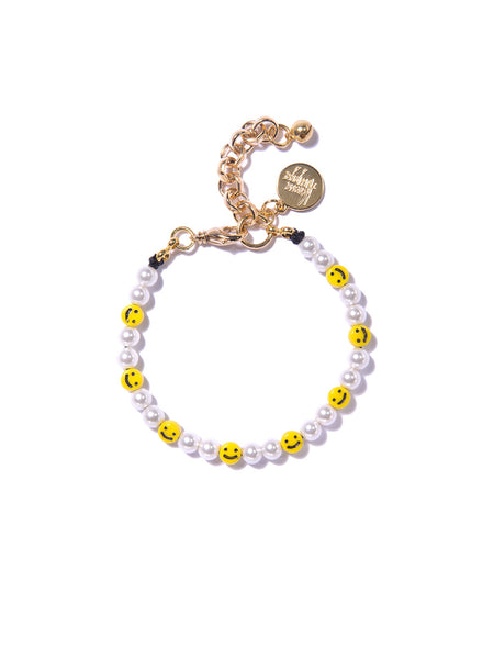 ALL SMILES ON ME PEARL BRACELET
