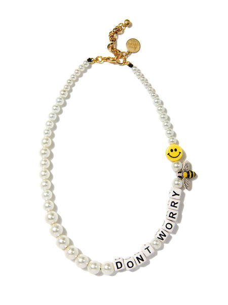 DON'T WORRY BEE HAPPY PEARL NECKLACE