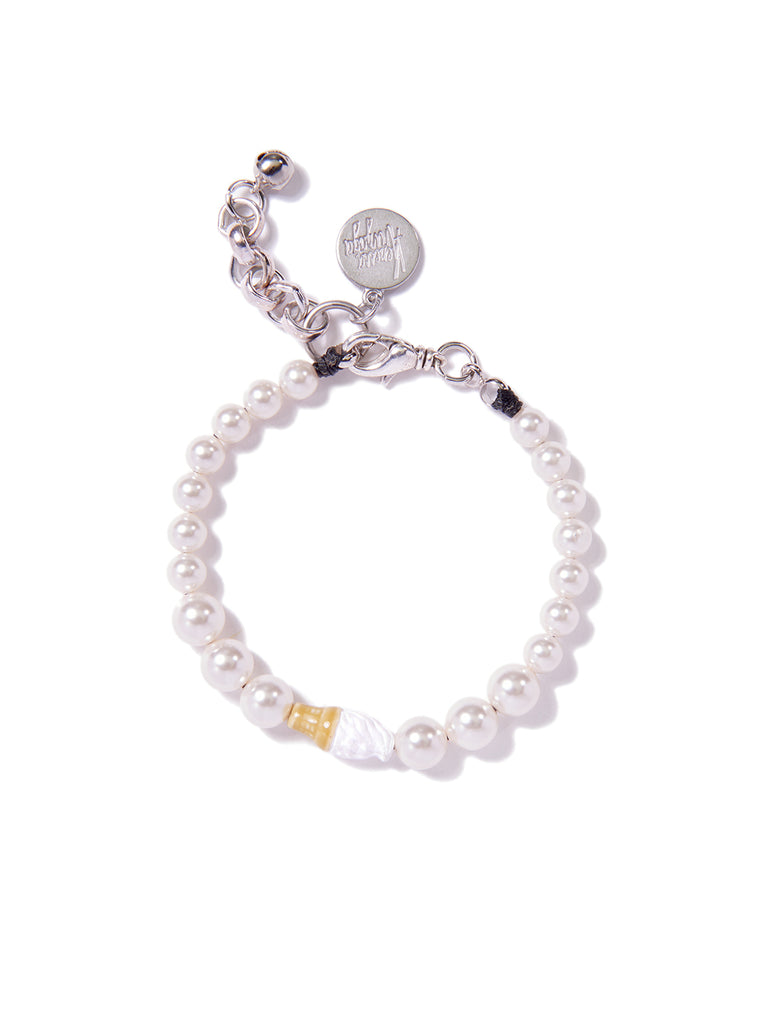 GAME OF CONES PEARL BRACELET (VANILLA)