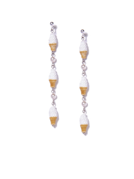 GAME OF CONES EARRINGS (VANILLA)