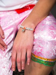 BOSSY PANTS BRACELET (ORANGE) - Venessa Arizaga