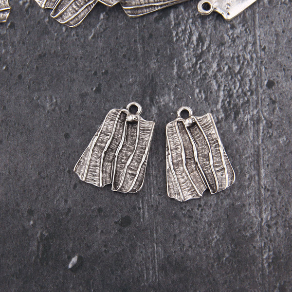 Silver Plated Textured Striped Pendants, Organic Pendants, Earring Components, 2 pieces // SP-450