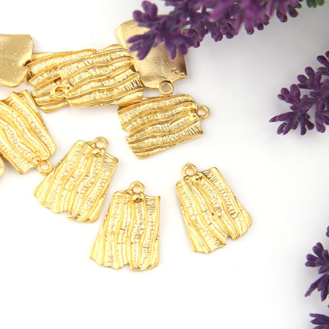 Gold Plated Textured Striped Pendants, Organic Pendants, Earring Components, 2 pieces //GP-690