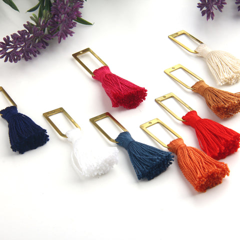 Snow White, Handmade %100 Cotton Tassel with Raw Brass Components, Cotton Tassel, Boho Tassel, Bohemian Tassel, Mala Tassels, 2 pieces // TAS-163