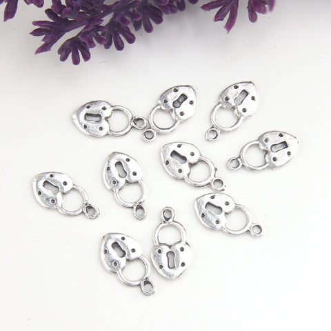 Silver Heart Lock Charms, Heart SHaped Lock Dangles, Cute Lock Charms, 10 pieces // GCh-361