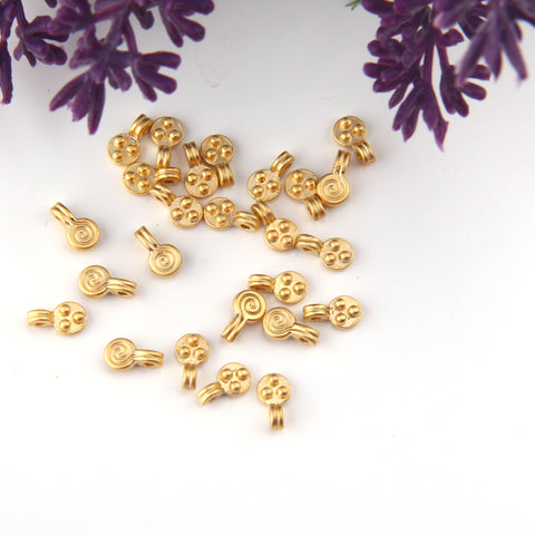 Tiny Swirl Charms, Double Sided Charms, Gold Swirl Charm, Tiny Gold Charms, 25 pieces // GCh-371