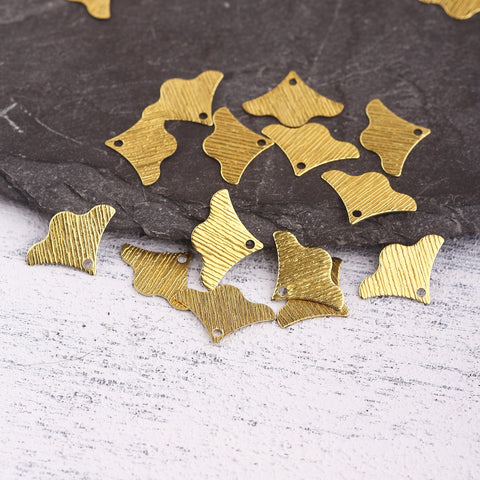 Raw Brass Gingko Leaf Charms, Raw Brass Charms, Leaf Charms, Polymer Clay Charms, Polymer Clay Findings, 15 pieces // RAW-232