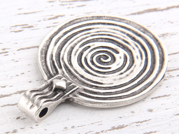 Large Round Spiral Antique Silver Pendant, 33,5 mm, 1 piece // SP-249