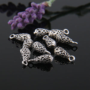 Silver Floral Embossed Charms, Teardrop Charms, Dangle Charms, Antique Silver Plated, 10 pcs // SCh-136