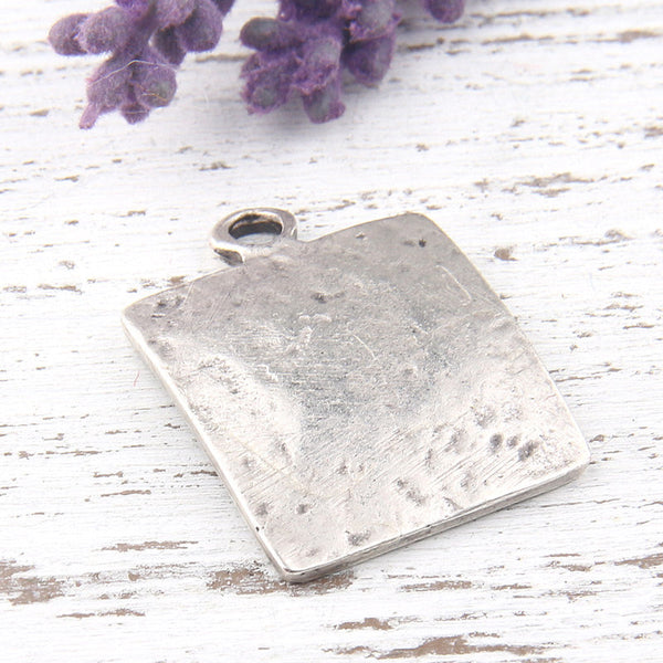 Textured Square Pendant, Square Charm, Silver Square Pendant, Geometric Pendant, Square Drop Pendant, 23mm, 1 piece //  SP-277