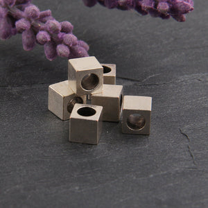 Silver Cube Beads, Cube beads with large holes, 6mm Cube Beads, Metal Cube Beads, 6 pieces // SB-093