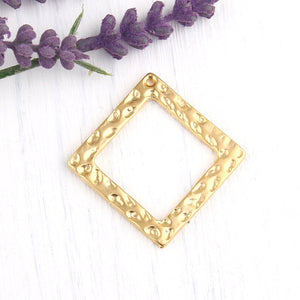 Hammered Square Pendant, 22k Matte Gold Plated, Necklace Pendant, Gold Square Pendant, Geometric Pendant,1 piece // GP-479
