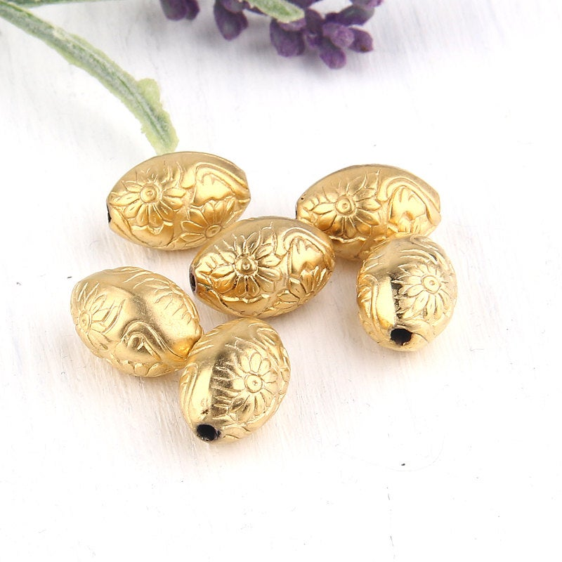 Gold Acrylic Oval Beads, Floral Embossed Gold Plated Beads, 6 pieces // BD-051