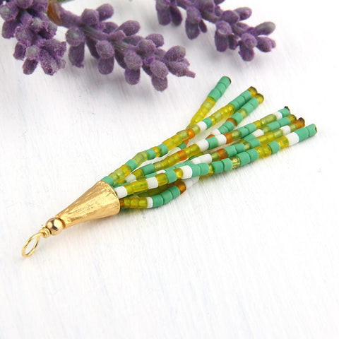 Mixed Green/Yellow, Mini Afghan/Tibetan Heishi Seed Bead Tassel, Mini Boho Tassel, 6cm/2,36'',  1 piece  // TAS-109