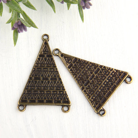 LargeTribal Triangle Connectors, Antique Bronze, Triangle Links, Connector Links, 2 pieces // ABC-022