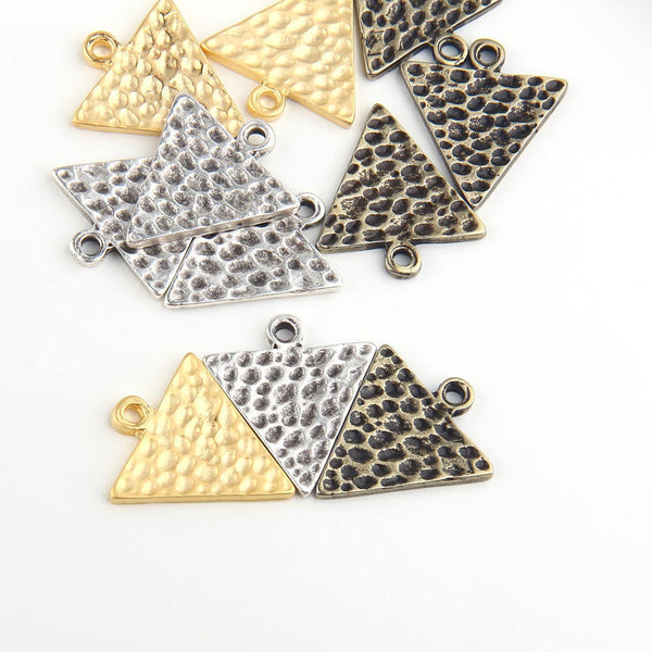 Hammered Triangle Pendants, Antique Bronze Plated, Triangle Charms, Geometric Pendants, 5 pieces // ABP-082
