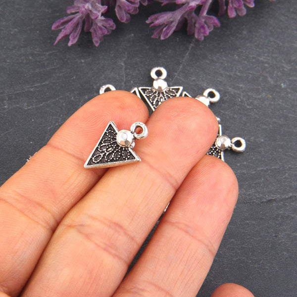 Silver, Mini Triagle Tribal Charms, Tribal SilverCharms, Tribal Dangles, Geometric Charms, 10 pieces // SCh-147
